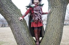 Can you believe this stunning costume is home made?! (sweet juniper)