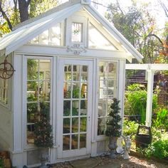 Gorgeous greenhouse/shed idea