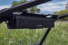 SoundBar 8 | Integrated speakers and amplifier