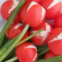 http://www.morethanamomofthree.com/2015/04/14/tulip-tomatoes/