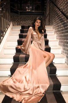 Elegant Dresses, Pretty Dresses, Beautiful Dresses, Amazing Dresses, Gala Dresses, Evening Dresses, Dress Prom, Vetement Fashion, Elegantes Outfit
