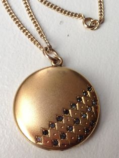 Antique Victorian Edwardian Gold Filled Locket by MemoryStation