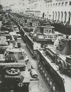 Panzerwaffe.Tank parade in Tunisia.1942.