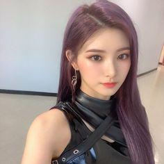 Kpop Girl Groups, Korean Girl Groups, Kpop Girls, Korean Beauty, Asian Beauty, My Girl, Cool Girl, Tight Suit, Kpop Girl Bands