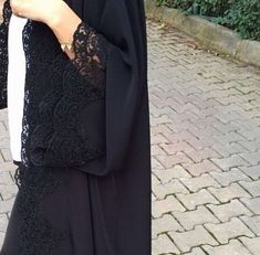 Abaya Style 433049320419316915 - Black and lace Abaya. Source by maiadaa Niqab Fashion, Modern Hijab Fashion, Modesty Fashion, Muslim Fashion, Fashion Clothes, Fashion Outfits, Fashion Black, Modern Abaya, Wedding Abaya