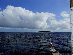 Camiguin Island Banka to Mantique Island 3.jpg | por paynepat44