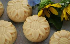 I am totally adding these to my list of soaps to make! Love that The Nerdy Farm Wife makes these without palm oil!