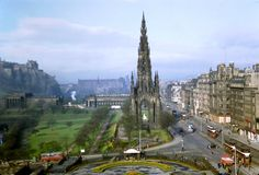 Here is a stunning found slide collection that shows everyday life and street scenes in urban era ofEdinburgh in the 1950s.                ...