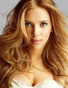 Scarlett Johansson beautifully photographed by Michael Thompson blonde celebrity face portrait #glamshot #headshot #famous_people
