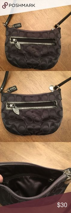 """Small Coach Crossbody Front has zipper pocket & there's a small zipper pocket inside as well. Bag is 5"""" tall x 8 in. wide with strap drop of approximately 23"""". Has leather coach hang tag as well as silver coach charm. Excellent condition! Coach Bags Crossbody Bags"""