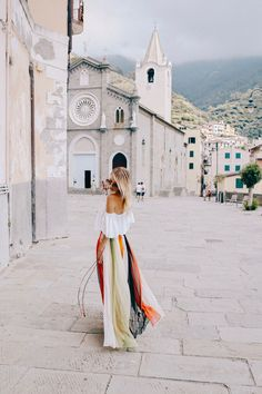 When I first fell in love with Cinque Terre… I can't even tell you how long I've been dreaming of visiting Cinque Terre. Even though Cinque Terre was not really on the route I had… Cinque Terre, Italy Vacation, Italy Travel, Ohh Couture, Leonie Hanne, Italy Outfits, Riomaggiore, Go Outdoors, Rome Italy