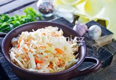 Why fight the slaw? The slaw won. Try this refreshing apple hemp cabbage slaw as a side dish for your favorite meatless entree, or, top it with tofu or tempeh for a healthy main dish. St Hubert Coleslaw Recipe, Coleslaw Recipe Easy, Coleslaw Recipes, Southern Coleslaw, Asian Slaw, Salad Sauce, Cabbage Slaw, Cold Meals, Side Dishes Easy