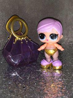 LOL surprise doll petite soeur série 4 Lil Spike