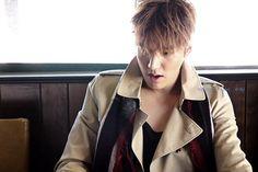 #Fashion #Brand #Burberry (1) #Magazine #ELLEKr #ELLE #Korea (Issue: 2015 Sept)  PHOTO Shooting Country : #LA #洛衫机 #USA #美国 (2) #PHOTOBOOK (Released Date: 15 Jan 2016) Photo Shooting #Country #PARIS #巴黎 #FRANCE #法国 between 10-17 March 2015) #Korean #Actor #LeeMinHo    THIS Post: 16 March 2016 (Wednesday)