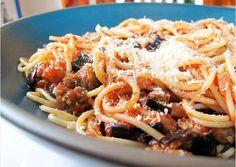 Spaghetti with roasted aubergine 'bolognese' | iVillage UK