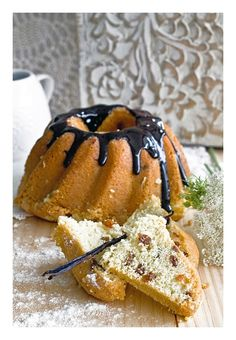 Semolina bundt cake Blue Cakes, Cake Cookies, Zucchini, Love Cake, Ethnic Recipes, Blues, Cooking, Food, Cuisine