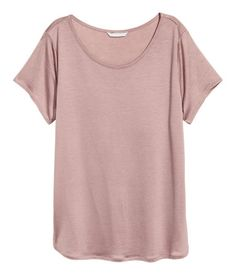 Vintage pink. CONSCIOUS. Slightly longer top in soft jersey made from Tencel® lyocell with short sleeves.