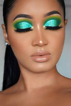 Bright Eyeshadow, Bright Makeup, Eyeshadow Base, Colorful Eye Makeup, Eyeshadow Looks, Eyeshadow Makeup, Eyeshadow Ideas, Eyeshadows, Sexy Makeup