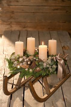 Newest Absolutely Free christmas Advent Wreath Style Many chapels host a great Advent-wreath-making occasion in the first On the of the season. Centerpiece Christmas, Rose Gold Christmas Decorations, Christmas Advent Wreath, Christmas Candles, Candle Decorations, Xmas, Classy Christmas, Rustic Christmas, Christmas Crafts