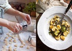 Hemgjord gnocchi gör du enkelt själv! Vi toppar vår med brynt salviasmör, underbart gott!