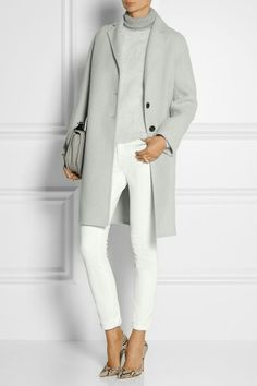 What to Wear to Office or Business Attire Ideas from Your Wardrobe MARC JACOBS Alpaca and wool blend coat Fashion Mode, Work Fashion, Fashion Looks, Womens Fashion, Fashion Trends, Style Fashion, Fashion Stores, Classic Fashion, Petite Fashion
