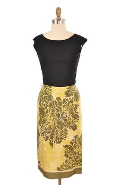 Banana Republic Green Silk Floral Print Skirt Size 2 | ClosetDash #fashion #style #skirts