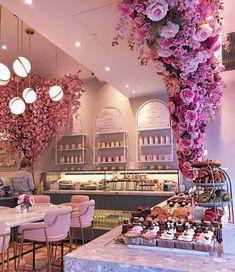 London's Most Inspiring Restaurant Décor - Salons - Yorgo Bakery Interior, Salon Interior Design, Restaurant Interior Design, Salon Design, Cupcake Shop Interior, Bakery Decor, Pub Decor, Restaurant Furniture, Bakery Design