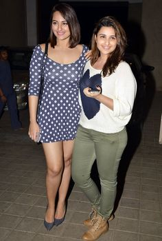 Sonakshi Sinha and Parineeti Chopra arriving at Manish Malhotra's birthday bash.
