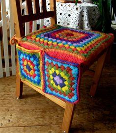 Crochet Leaf Patterns, Crochet Leaves, Crochet Flowers, Crochet Cushions, Crochet Pillow, Crochet Gifts, Crochet Yarn, Sofa Arm Covers, Crochet Furniture