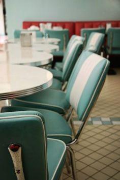 Vintage Diner, Retro Diner, Vintage Love, Vintage Kitchen, Vintage Items, 1950s Diner, 50s Kitchen, Vintage Trucks, Vintage Stuff