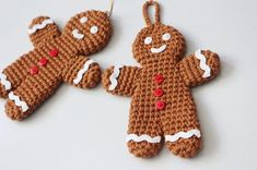 Crochet Toys A free crochet pattern of a gingerbread man. Do you also want to crochet this gingerbread man. Read more about the Free Crochet Pattern Gingerbread Man Crochet Christmas Decorations, Crochet Ornaments, Crochet Decoration, Christmas Crochet Patterns, Holiday Crochet, Crochet Gifts, Crochet Toys, Free Crochet, Crochet Snowflakes