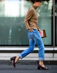 the RIGHT denim, heels and sweater