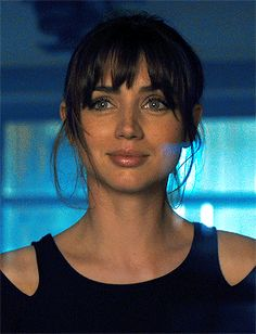 Beautiful Girl Image, Gorgeous Women, Look At You, How To Look Better, Blade Runner 2049, Female Character Inspiration, Jessica Biel, Girls Characters, Girl Gifs