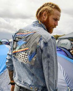 5,479 отметок «Нравится», 46 комментариев — Gwilym C Pugh (@gwilymcpugh) в Instagram: «Absolutely love this @riverislandman X @felipepantone collab denim jacket ⚡️ #ImWearingRI»