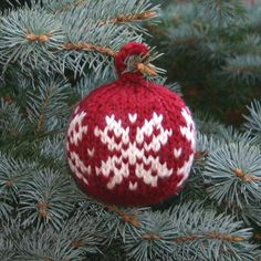 Free Knitting Pattern for Two Strands Christmas Ball