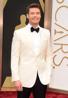 Ryan Seacrest in an off-white Dinner Jacket at the 2014 Oscars!