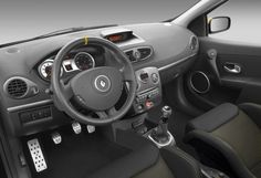 2013 Renault Clio RS Red Bull Racing-interior picture