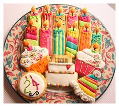 Love the candles and cupcakes
