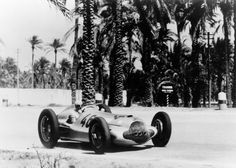 Triple victory in the Tripoli Grand Prix, May Hermann Lang (photo) ahead of Manfred von Brauchitsch and Rudolf Caracciola, all driving Mercedes-Benz W 154 cars. Mercedes Benz, Malaysian Grand Prix, Carl Benz, Classic Race Cars, Daimler Benz, Nico Rosberg, Red Bull Racing, Auto Racing, Action Photography