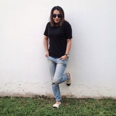 Boyfriend jeans and espadrilles!
