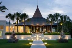 The Royal Santrian Luxury Beach Villas Bali Bali Resort, Resort Villa, Tropical House Design, Tropical Houses, Style At Home, Bali Garden, Hotel Room Design, Tropical Architecture, Most Luxurious Hotels