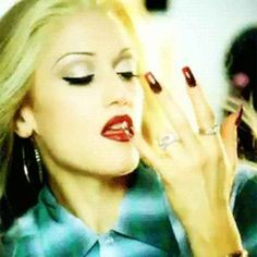 24 Times Gwen Stefani Proved That She Is Chola Glamour Personified