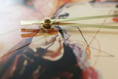 "its ART´o´clock  wall clock ""FRIDA""  detail"