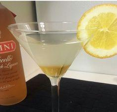 Peach topaz martini