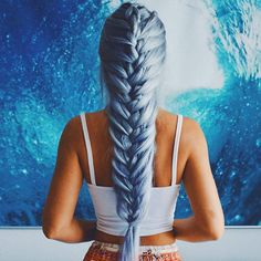 Beautiful hairstyle! Yay?? credit @gabsgetgnarly #hairsandstyles