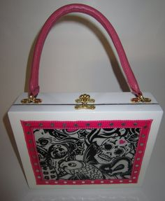 Okay so this isn't a lunch box but it's awesome.. have to stay away from the cigar box purse addiction though!