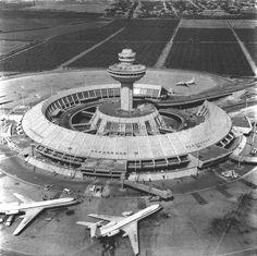 Zvartnots Airport / Armenia