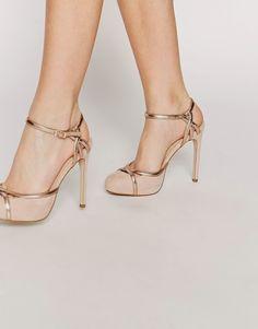 Magníficos zapatos d