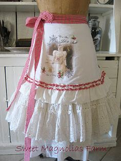 What's New at Sweet Magnolias Farm Magnolia Farms, Sweet Magnolia, Magnolia Homes, Retro Apron, Aprons Vintage, Sewing Aprons, Sewing Clothes, Couture, Cute Aprons