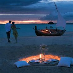Soooo Romantic! Do you want a weekly dose of romantic tips? Sign up to our newsletter at http://on.fb.me/18Uy4Vv